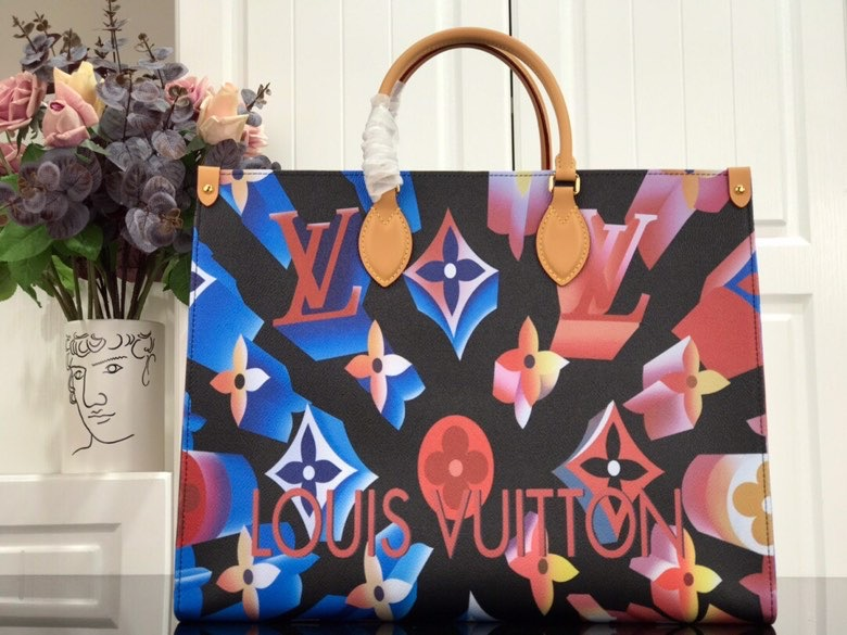Louis Vuitton,路易威登炫彩购物袋,41*34*19cm