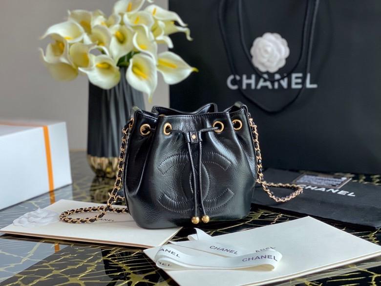 Chanel,香奈儿水桶包,16*17*13cm