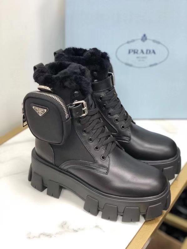 Prada,普拉达新款短靴